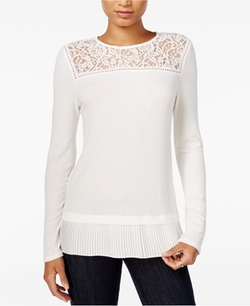 Lace-Trim Top by Maison Jules in Fuller House
