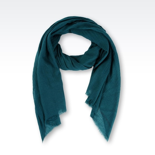 Cashmere Scarf by Armani in Scandal - Season 5 Episode 8