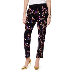 Silk Pansy Meadow Pant by Juicy Couture in Pitch Perfect 2