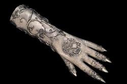Custom Made Killer Crystal Gloves by Michael Schmidt (Costume Designer) in American Horror Story