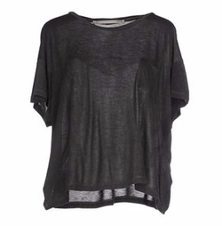 Single Pocket T-Shirt by M. Grifoni Denim in New Girl