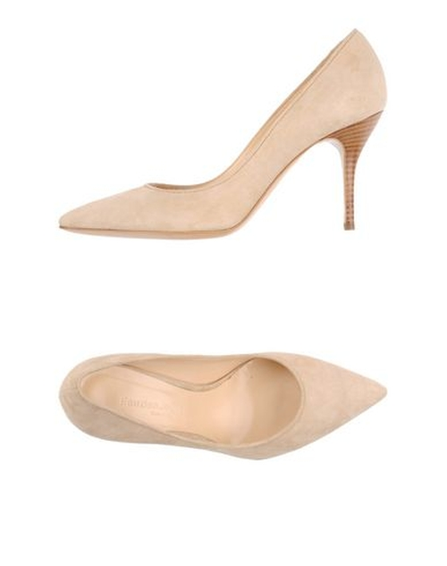 Soft Leather Pumps by Fauzian Jeunesse in Sleeping with Other People