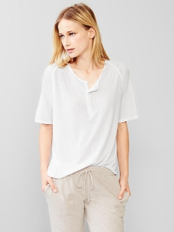 Jersey Henley Tee Shirt by Gap in Self/Less