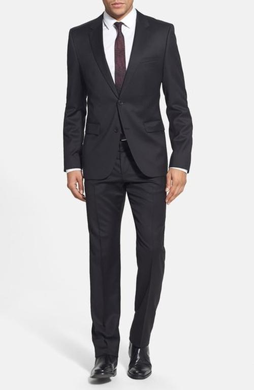 'Aeron/Hamen' Extra Trim Fit Wool Suit by Hugo in Chelsea - Season 1 Episode 2