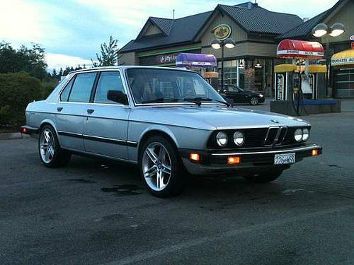 1986 528e by BMW in No Strings Attached