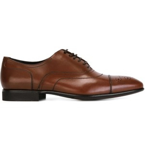 Manolo Derby Shoes by Salvatore Ferragamo in Suits - Season 5 Episode 7