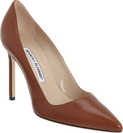 BB Pumps by Manolo Blahnik in Suits