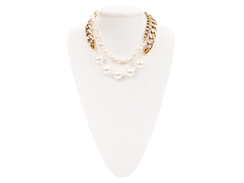Pearl Choker Necklace by Aha Llife in Scream Queens