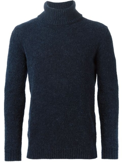 Turtle Neck Sweater by Nuur in Zoolander 2
