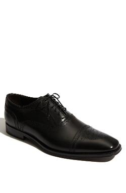 'Aaron' Oxford by To Boot New York in Yves Saint Laurent
