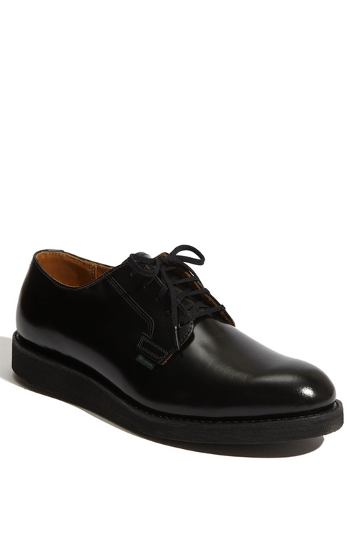 'Postman' Oxford Shoes by Red Wing in Billions - Season 1 Episode 2