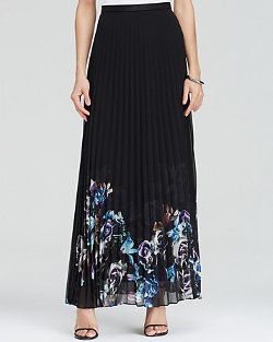 Floral Pleated Maxi Skirt by Charlie Jade in Pitch Perfect 2