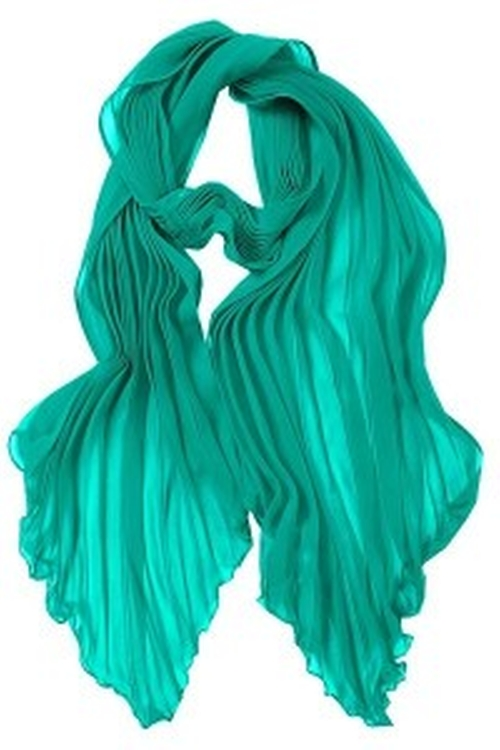 Pleated Kelly Scarf by Dolce and Gabbana in Confessions of a Shopaholic