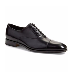 'Luce' Cap Toe Oxford Shoes by Salvatore Ferragamo in Suits