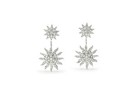 Lace Sunburst Drop Earrings by Tiffany & Co. in Ocean's Eleven