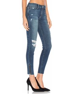 The Icon Ankle Skinny Jeans by Joe's Jeans in Pretty Little Liars