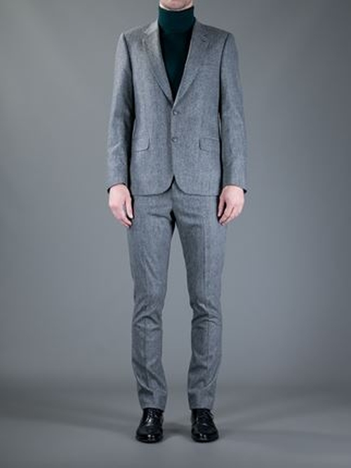 Two Button Suit by Paul Smith in The Good Wife - Season 7 Episode 7