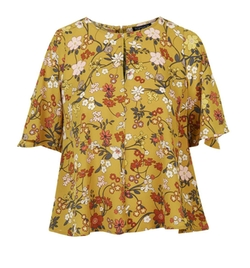Secret Garden Cold Shoulder Top by Topshop in The Great Indoors