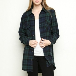 Roseanne Flannel Shirt by Brandy Melville in Keeping Up With The Kardashians