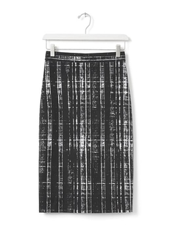 Sloan-Fit Printed Pencil Skirt by Banana Republic in The Flash