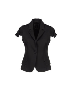 Short Sleeve Blazer by Hanita in Pitch Perfect