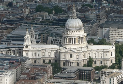 St. Paul's Cathedral London, United Kingdom in The Gunman