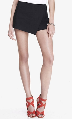Skort by Express in Pitch Perfect 2
