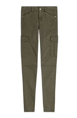 The Skinny Cargo Pants by 7 For All Mankind in Arrow