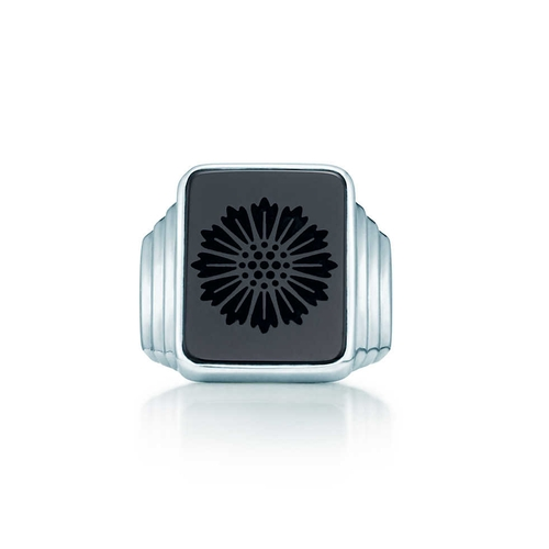 Daisy Signet Ring by Tiffany and Co. in The Great Gatsby