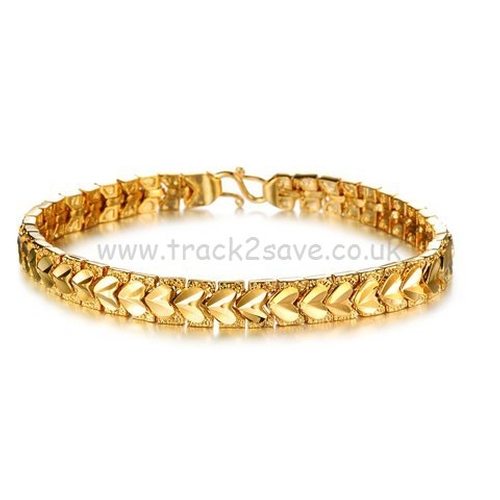 Heart Pattern Link Gold Bracelet by Chic in Sisters