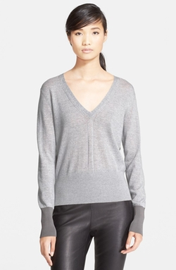 Jessica Merino Wool V-Neck Sweater by Rag & Bone in Arrow