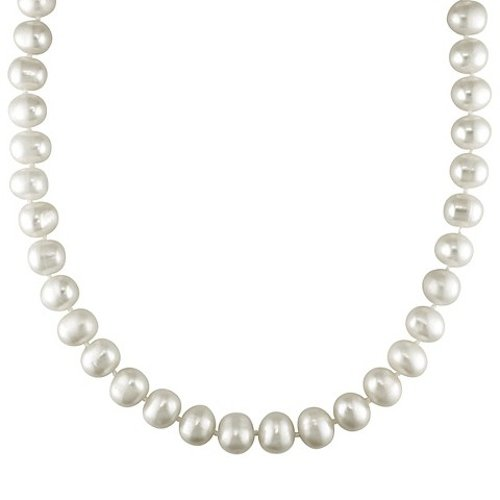 Round Pearl Strung Necklace by Target in The Best of Me
