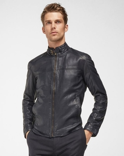 Blue Nappa Leather Jacket by Massimo Dutti in Supergirl