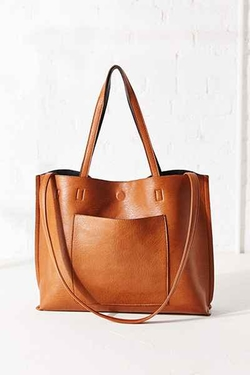 Reversible Vegan Leather Tote Bag by Urban Outfitters in New Girl