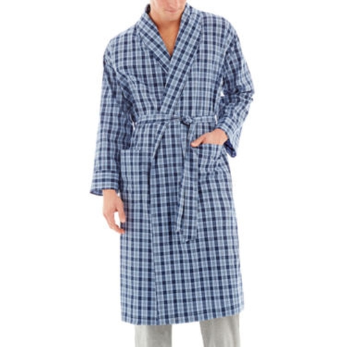 Shawl Plaid Robe by Hanes in The Mindy Project - Season 4 Episode 11