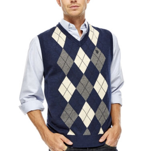 Argyle Sweater Vest by U.s. Polo Assn. in The Big Bang Theory - Season 9 Episode 9