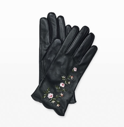 Vidita Embroidered Gloves by Club Monaco in Designated Survivor