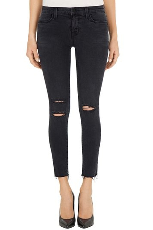 8226 Photo Ready Cropped Skinny Jeans by J Brand in Keeping Up With The Kardashians - Season 11 Episode 2