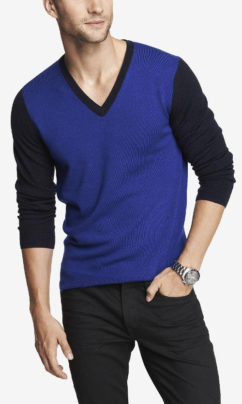 Color Block Merino Wool V-neck Sweater by Express in Hot Tub Time Machine 2