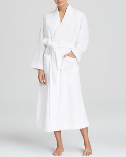 Long Greenwich Robe by Lauren Ralph Lauren in American Horror Story