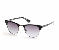 Clubmaster Sunglasses by Guess in Guilt