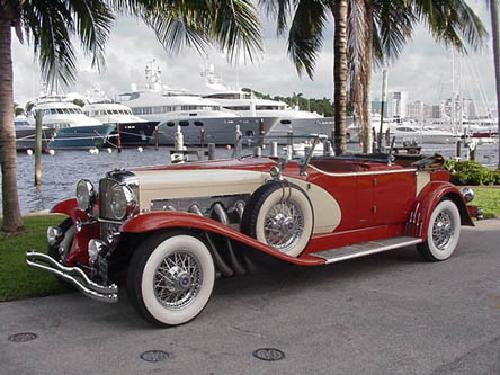 1929 SJ Lebaron Dual Cowl Phaeton Vintage Sport Car by Duesenberg in The Great Gatsby
