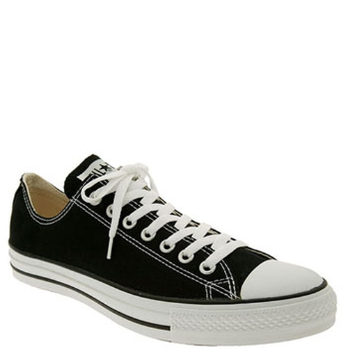 Chuck Taylor Low Sneakers by Converse in The Big Bang Theory - Season 9 Episode 2