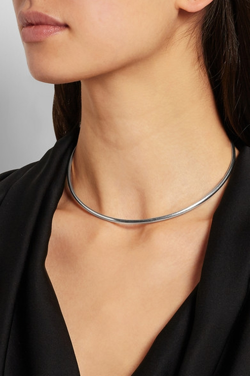Silver Choker Necklace by Maison Margiela in Supergirl - Season 1 Episode 11