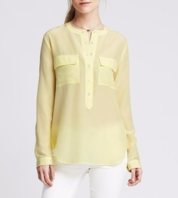Light Silk Popover Blouse by Banana Republic in The Boss