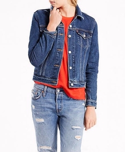 Original Trucker Jacket by Levi's in New Girl
