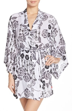 'Lovely Roses' Happi Coat Robe by Josie in Fuller House