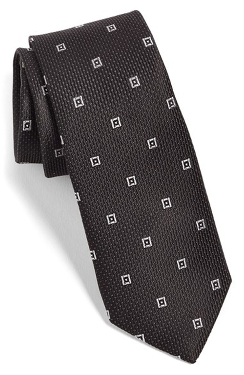 Woven Silk Tie by Calibrate in How To Get Away With Murder - Season 2 Episode 3