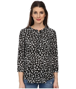 Sleeve Pleat Back Blouse by NYDJ in The Second Best Exotic Marigold Hotel