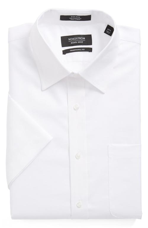 Traditional Fit Non-Iron Short Sleeve Dress Shirt by Nordstrom in Unbroken